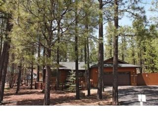 4 BR,  4.00 BTH  Single family style home in Pinetop