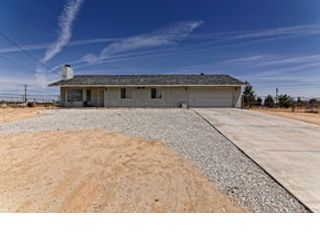4 BR,  2.00 BTH  Single family style home in Hesperia
