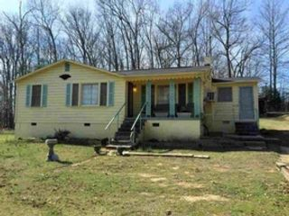 3 BR,  1.00 BTH Cottage style home in Danbury