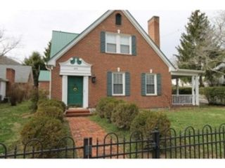 2 BR,  1.50 BTH 2 story style home in Johnson City