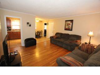 4 BR,  3.00 BTH Single family style home in Jonesborough