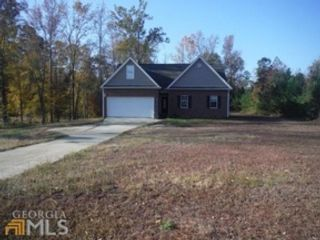 4 BR,  1.50 BTH  Single family style home in Eatonton