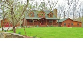 3 BR,  2.00 BTH Traditional style home in Rockwood