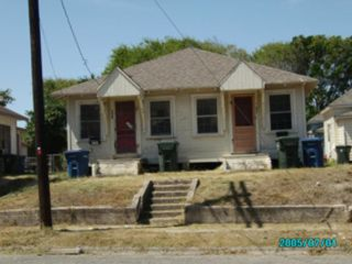 3 BR,  1.00 BTH  Single family style home in Beverly