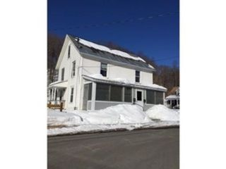 4 BR,  2.00 BTH Single family style home in Reading