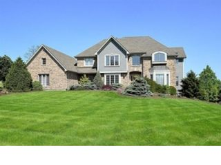5 BR,  3.50 BTH  Traditional style home in West Chicago