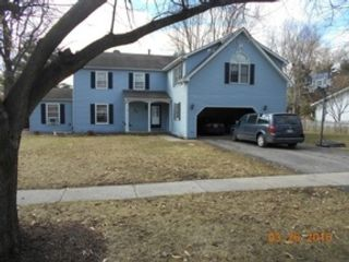 2 BR,  2.50 BTH  Single family style home in Grayslake