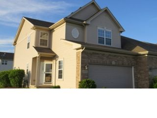 2 BR,  2.50 BTH Single family style home in Des Plaines