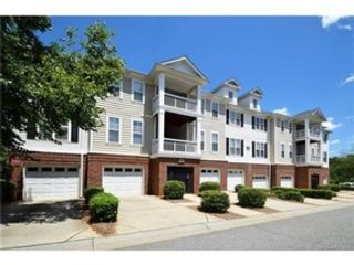 3 BR,  2.00 BTH Transitional style home in Charlotte