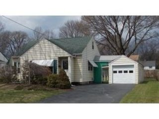 3 BR,  2.00 BTH Single family style home in Langhorne