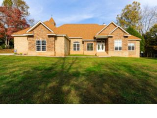 6 BR,  4.00 BTH Colonial style home in Gouldsboro