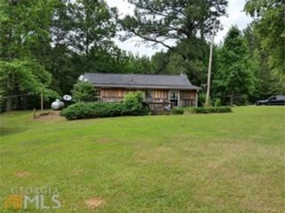 3 BR,  2.00 BTH Single family style home in Dade City