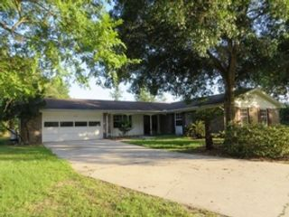 2 BR,  2.00 BTH  Mobile home style home in Zephyrhills
