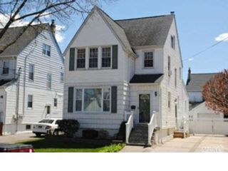 3 BR,  1.50 BTH Cape cod style home in Salem