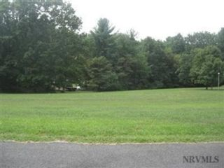 Studio,  0.00 BTH Land style home in Christiansburg