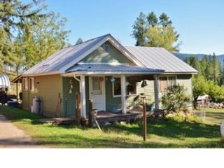 3 BR,  2.00 BTH 2 story style home in Smithville