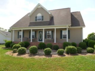 3 BR,  1.00 BTH  Single family style home in Bloomington Springs