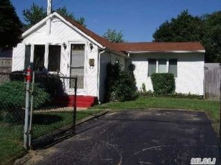 2 BR,  2.00 BTH Single family style home in Spring