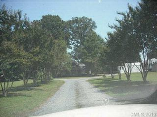 3 BR,  3.00 BTH Single family style home in Monroe