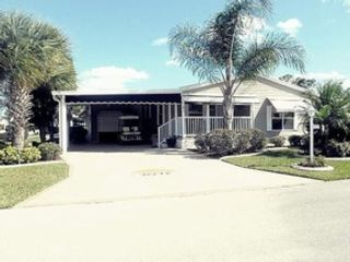 2 BR,  2.00 BTH  Manufactured ho style home in Lakeland