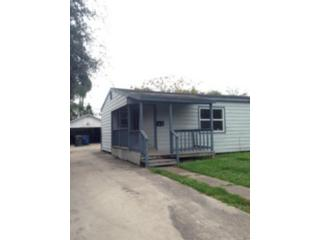 4 BR,  3.00 BTH Single family style home in Pineville