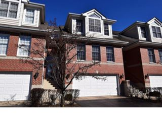 5 BR,  5.50 BTH Traditional style home in St Charles