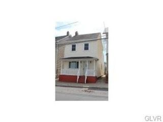 3 BR,  1.50 BTH Single family style home in Easton