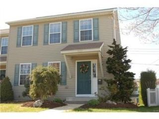 3 BR,  1.50 BTH Land style home in Quakertown