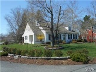 5 BR,  2.00 BTH Single family style home in Kintnersville