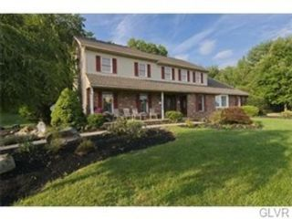 5 BR,  3.50 BTH Single family style home in Hellertown