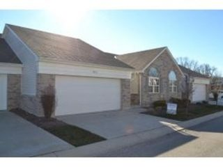 4 BR,  3.50 BTH Single family style home in Lawrenceburg