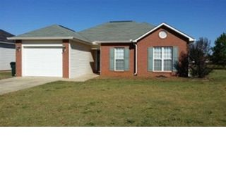 3 BR,  1.00 BTH Single family style home in Northport