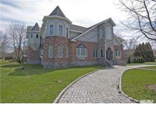 2 BR,  1.50 BTH Single family style home in Oak Harbor