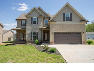 4 BR,  3.50 BTH  Single family style home in Knoxville