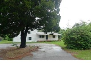 2 BR,  2.00 BTH Traditional style home in Knoxville