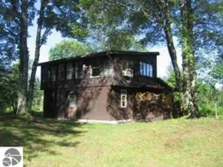 2 BR,  2.00 BTH Single family style home in Lewiston