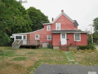 3 BR,  2.00 BTH Single family style home in East Tawas