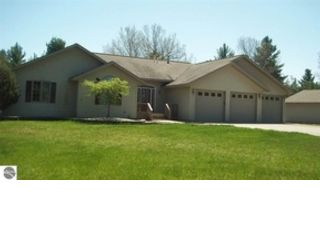 4 BR,  2.00 BTH Single family style home in Beulah