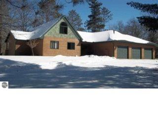 4 BR,  4.00 BTH Single family style home in Frankfort