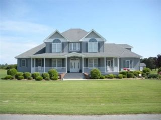 5 BR,  3.50 BTH  Single family style home in Kill Devil Hills