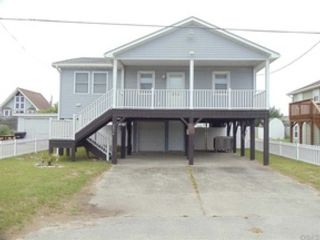 3 BR,  2.00 BTH  Single family style home in Kill Devil Hills