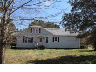 4 BR,  2.00 BTH  Single family style home in Kill Devil Hills