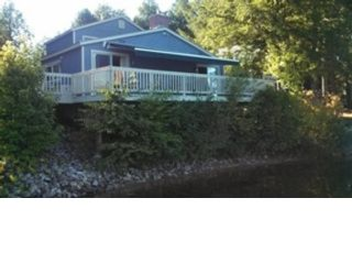 3 BR,  3.50 BTH Single family style home in Bridgton