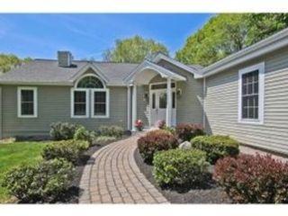3 BR,  2.00 BTH Ranch style home in North Hampton