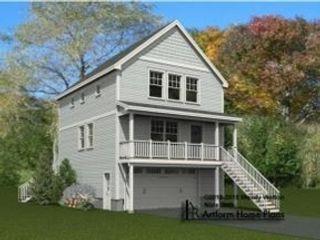 3 BR,  2.50 BTH Cape cod style home in Hampton