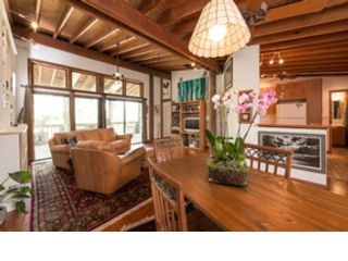 12 BR, 11.50 BTH Colonial style home in Key West