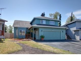 2 BR,  3.00 BTH  Custom style home in Gold Beach