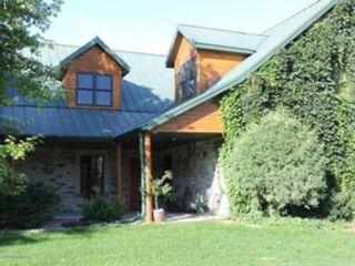 4 BR,  2.50 BTH Single family style home in Fargo