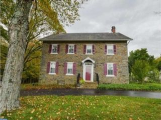 5 BR,  2.50 BTH Single family style home in Quakertown