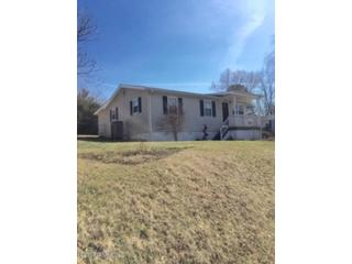3 BR,  2.00 BTH  Double wide mfh style home in Christiansburg